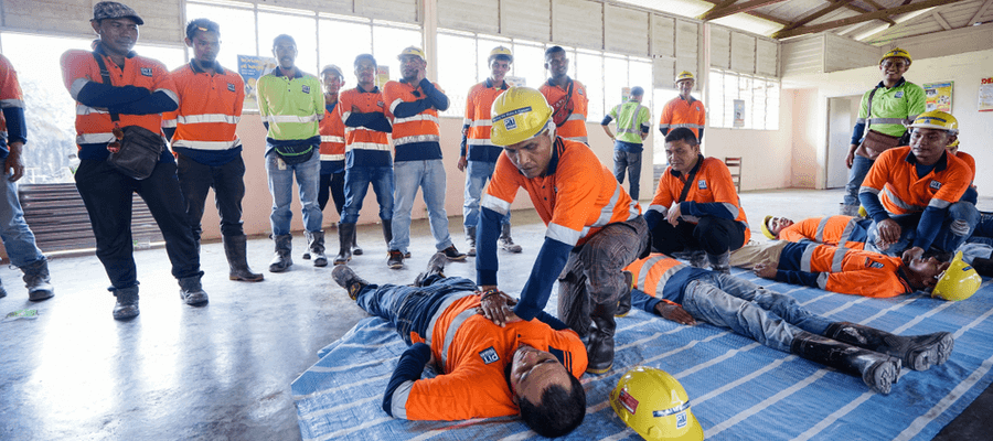 First aid and CPR training for construction workers on site in Kuala Lumpur Malaysia